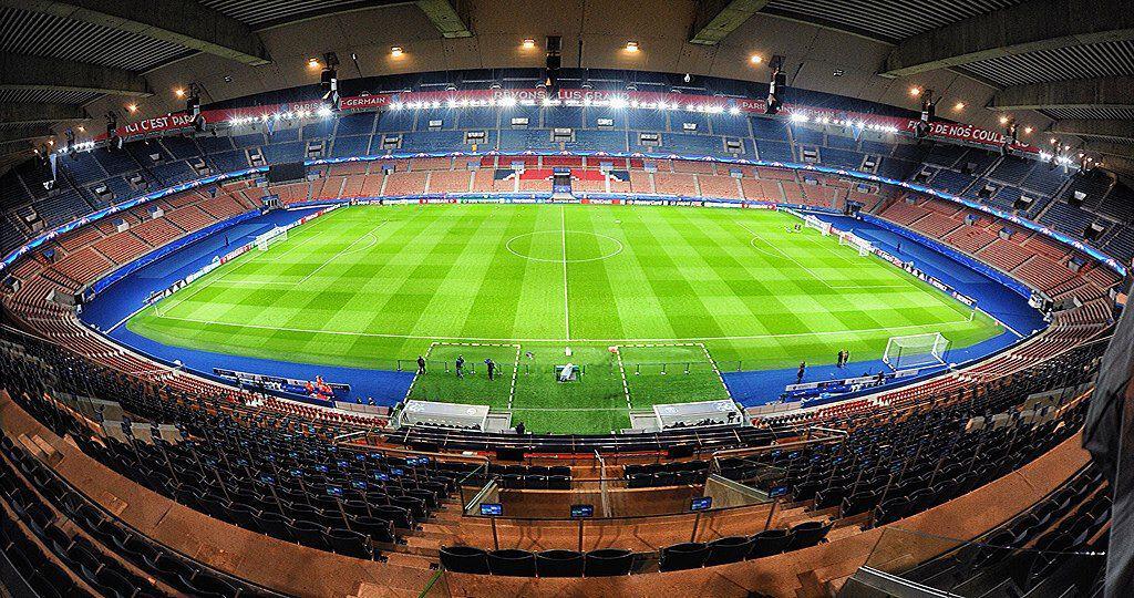 Watch PSG play football in Paris