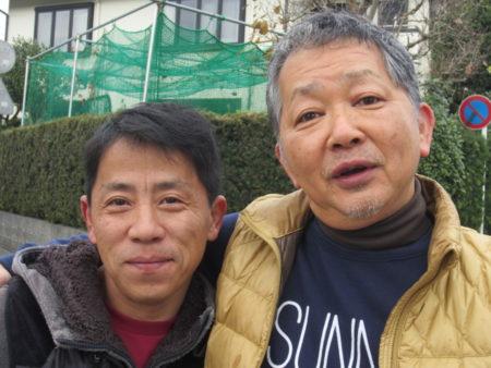坂元台小学校 現役・長(おさ)の小幡健彦さん(左)とOBの有馬早富さん(右)