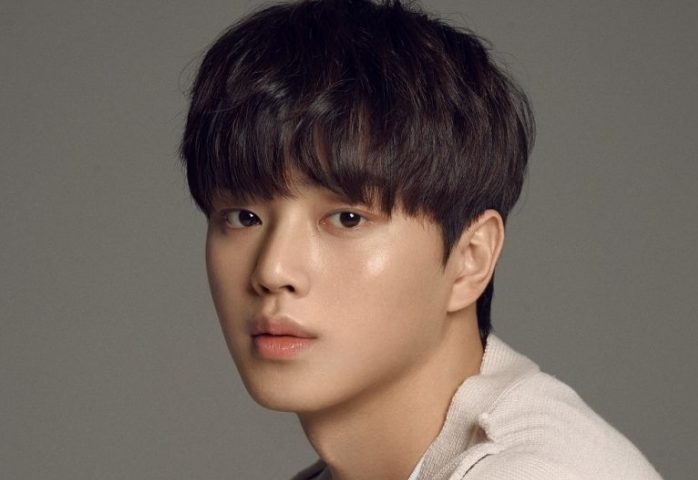 Song kang is an actor, known for sweet home (2020), nevertheless (2021) and navillera (2021). Song Kang Cast As Protagonist Of Netflix S Sweet Home Tenstarusa Com