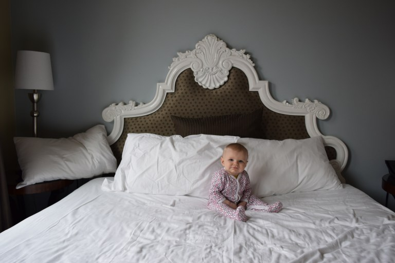 7 tips to enjoy a hotel stay with a baby