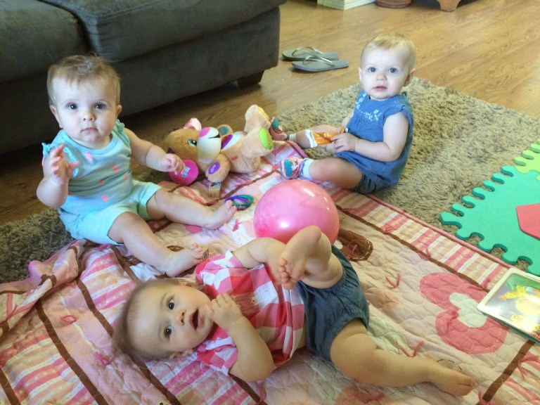 The families you meet at new moms' group will become your village—and your baby's besties! Make the most of the group you join—here's how. Ten Thousand Hour Mama