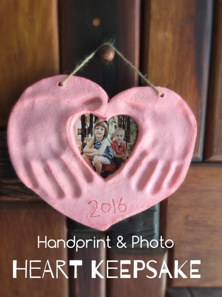 10 handprint crafts for kids // Ten Thousand Hour Mama