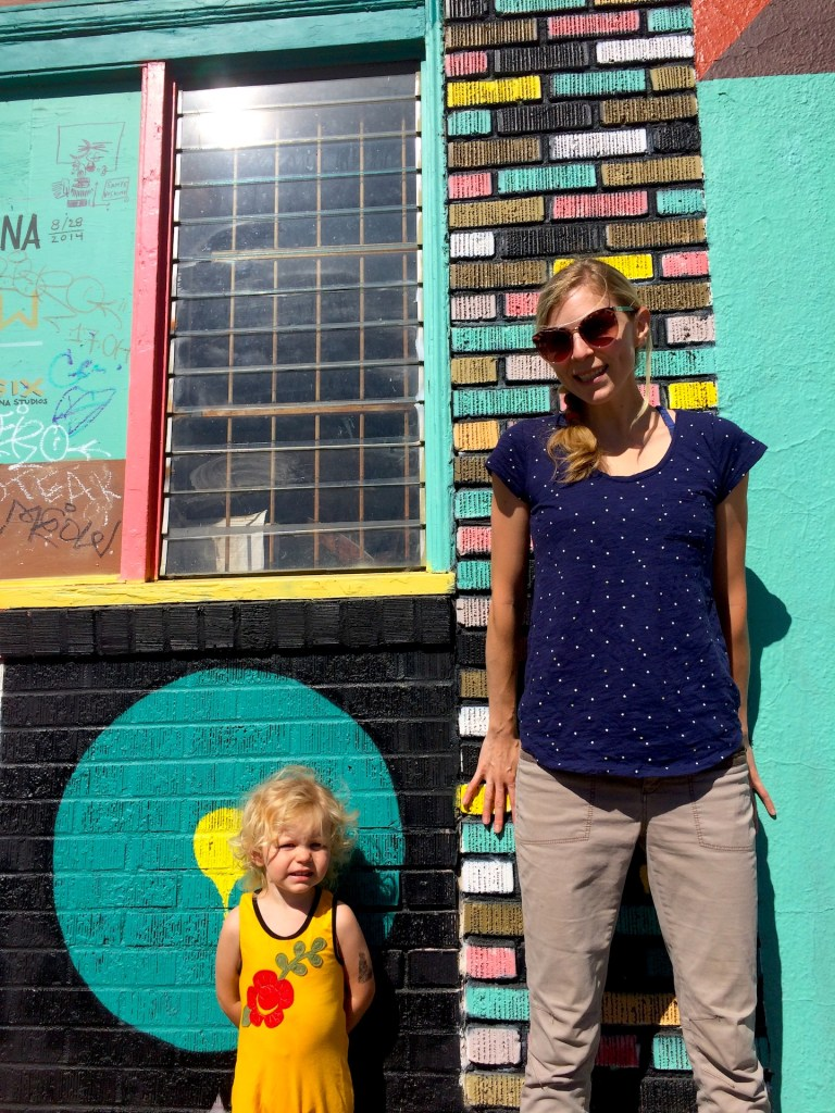 This kid friendly mural crawl in Portland, Oregon is a super-fun outdoor activity for the whole family when you travel to the Pacific Northwest. Ten Thousand Hour Mama