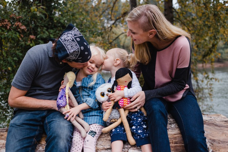Family photography for your Christmas or holiday card - Ten Thousand Hour Mama