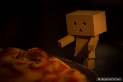 danbo with pizza