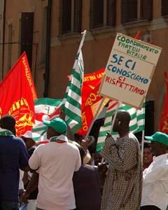 Immigrants protesting in Trevisto, northern Italy (photo: Gary Houston, Wikimedia Commons)