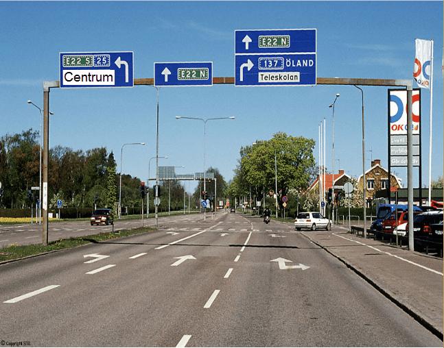 بعض النصائح التي يمكن القيام بها على الاوتوستراد او طريق الخط السريع فى السويد