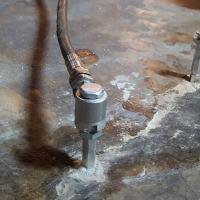 Aplicación de inyecciones de poliuretano para el sellado fugas de agua