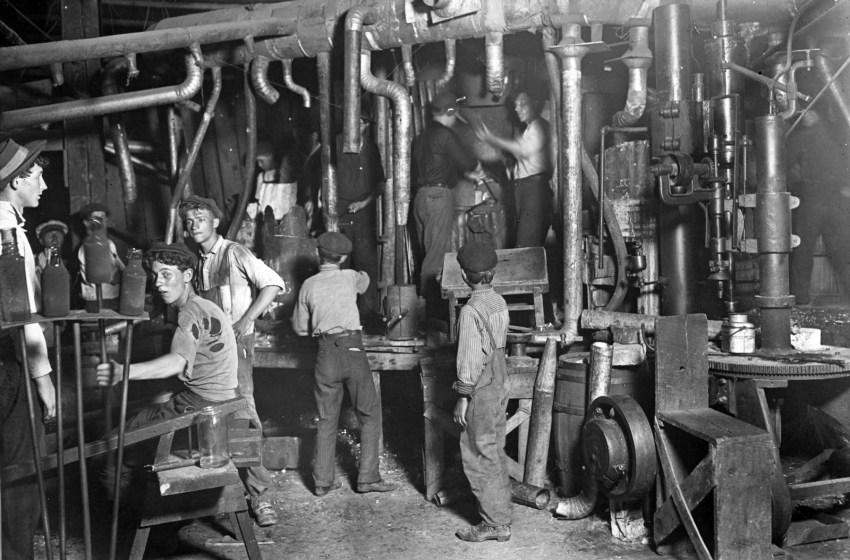 A especificidade do proletariado industrial frente ao conjunto dos assalariados