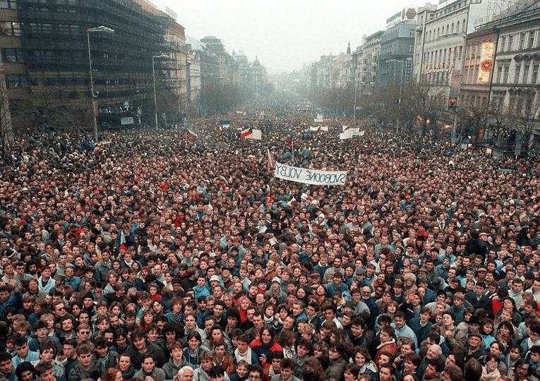 O fim dá URSS prova que o socialismo não da certo?