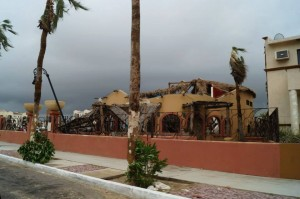 Jessica's Journey Interrupted Due to Hurricane Odile (1/6)