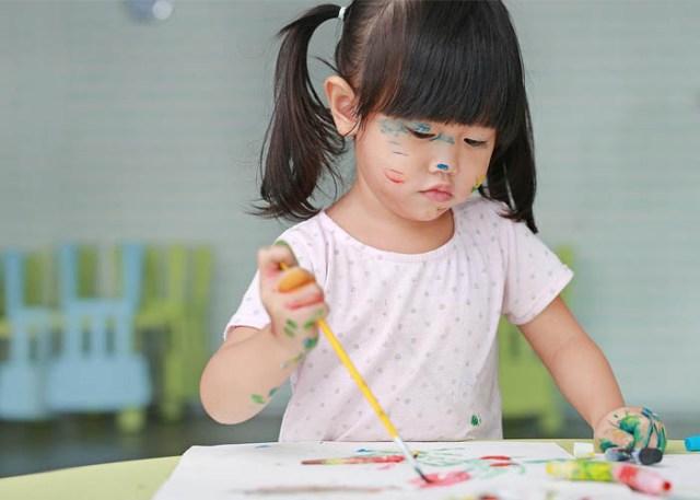 hobi menggambar dapat dimulai sejak anak masih berusia 5 tahun