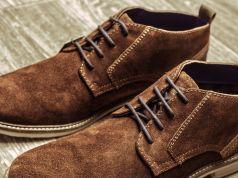 Tips Mengembalikan Warna Sepatu Suede