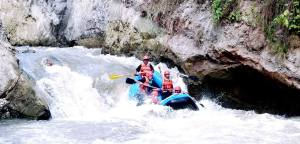 Try Extreme Sports Like Whitewater Rafting