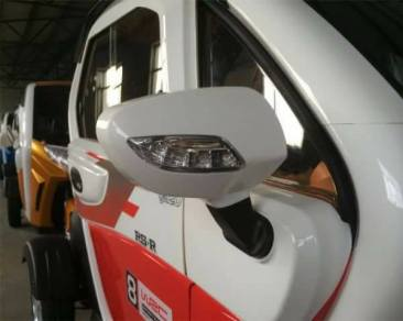 Model spion yang including lampu sein