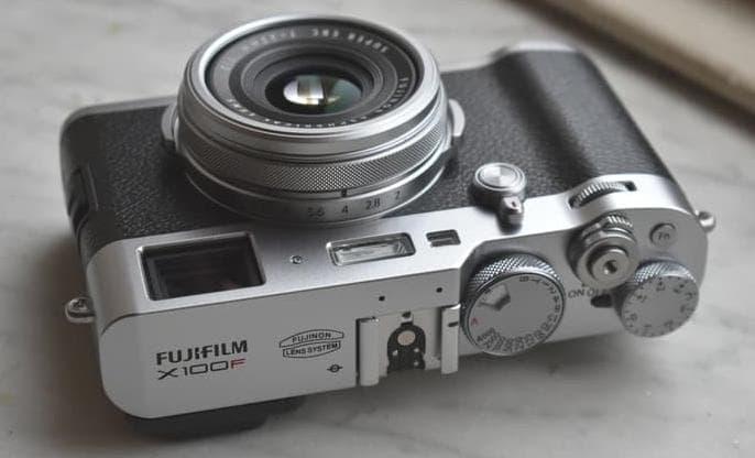 Kamera Pocket Terbaik - Fujifilm X100F