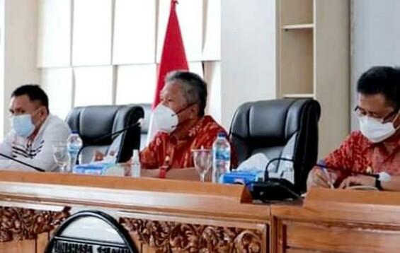 Bupati Minahasa Selatan Frangky Wongkar Minta Camat di Minsel Sigap Merespon Masalah di Masyarakat