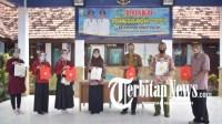 Peduli, Mahasiswa UMM Jadi Relawan Posko Tanggap COVID-19 dan Terapkan Program KIE di Sampang