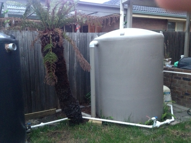 Connecting Two Rainwater Tanks