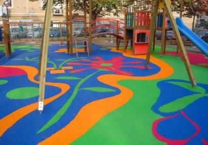 suelos-de-caucho-para-parques-infantiles-Aunor