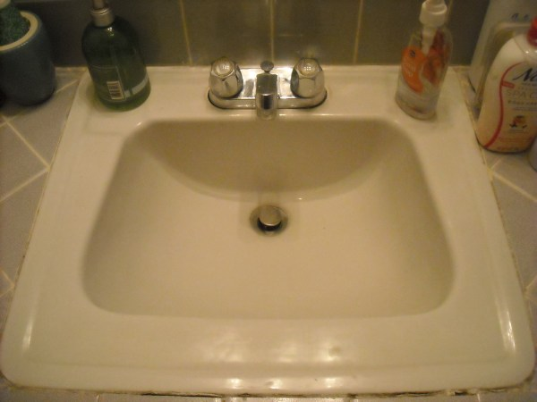 Oh, so THAT'S what my faucet looks like without being caked with toothpaste-spit and soap!