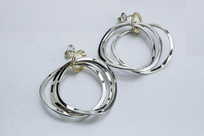 wavy 3 band earrings