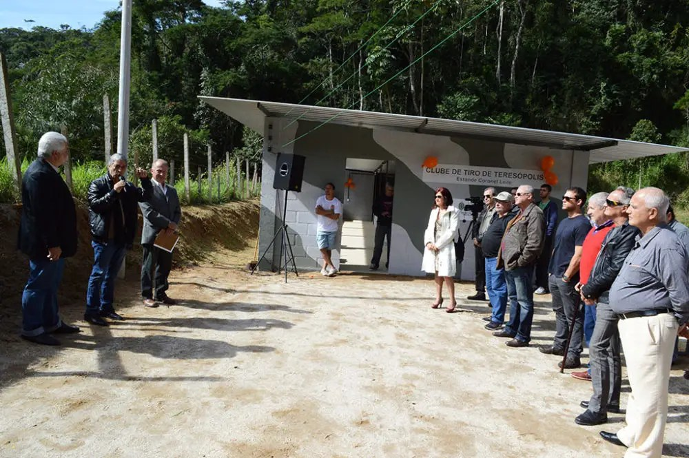 Clube do Tiro reinaugura sede no Parque de Exposições