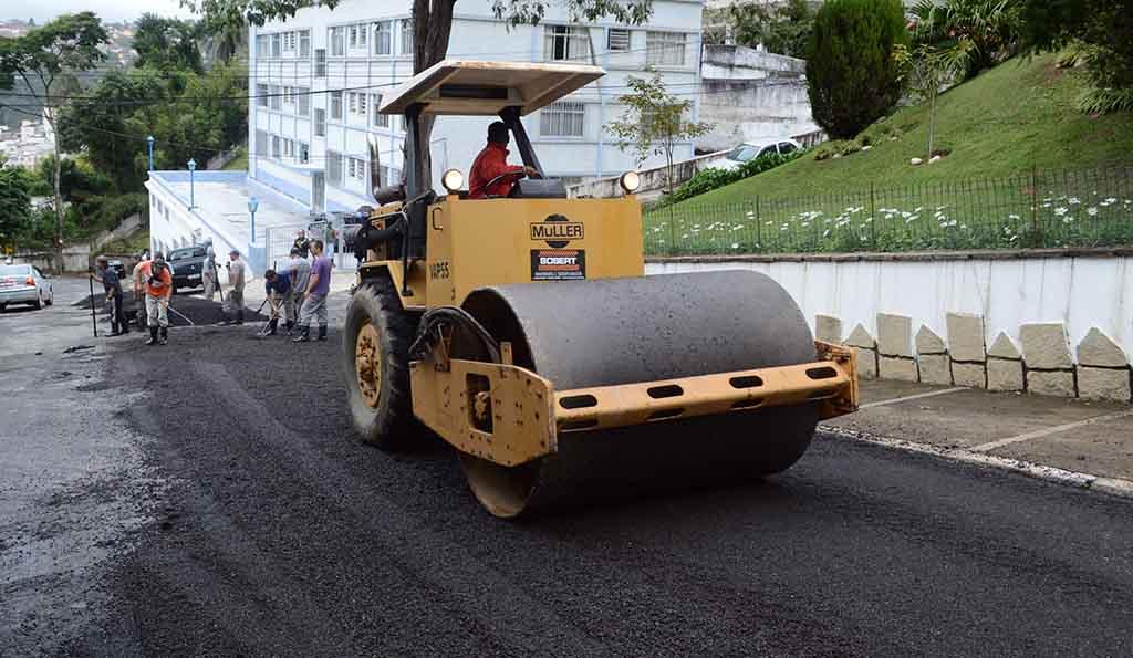Vila Muqui tem rua recuperada