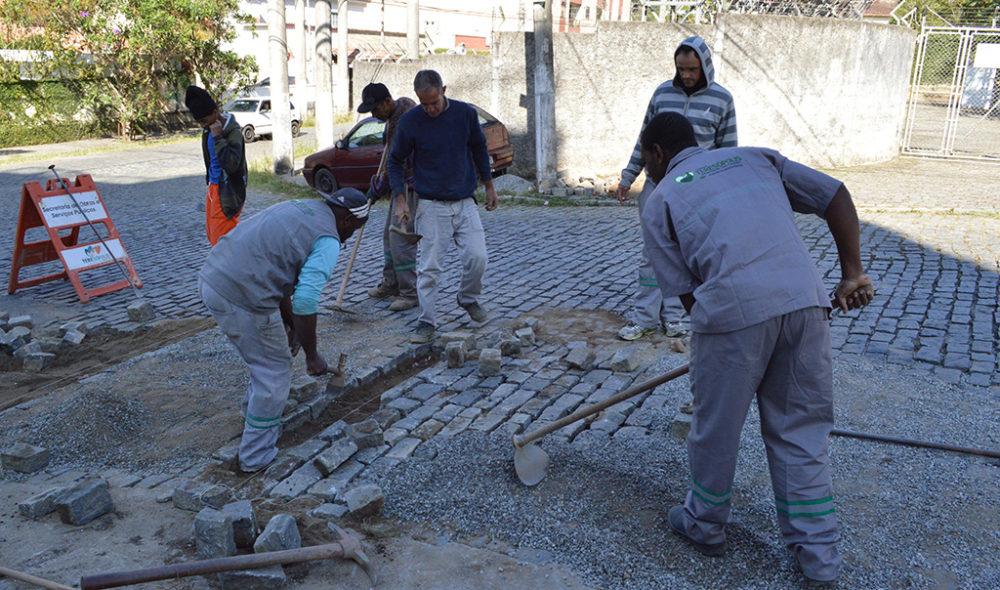 Trabalhos de conservação são feitos em diversos bairros