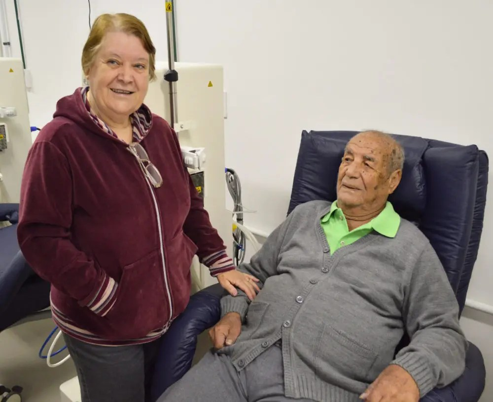 Centro de Diálise equipado é visitado por pacientes renais