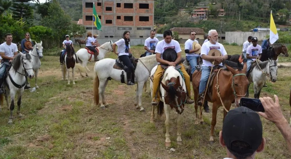 Cavalgada em homenagem a Nossa Senhora Aparecida em Teresópolis