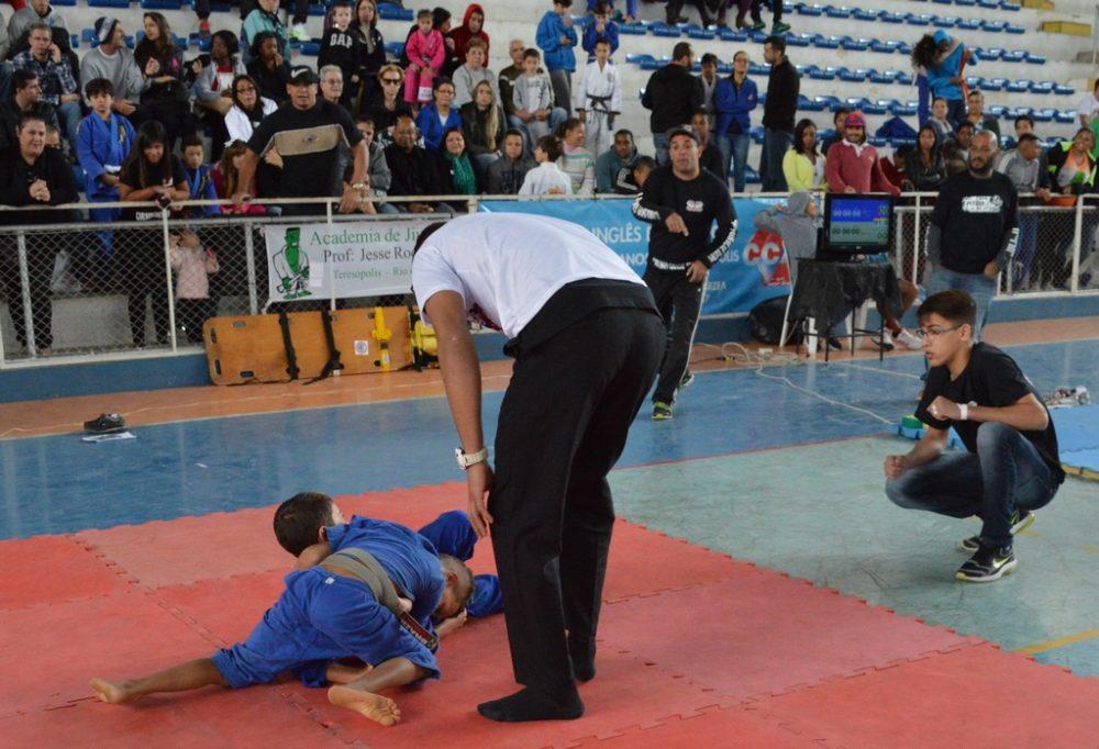 Copa Pitbull de Jiu-jítsu reúne 500 lutadores no Pedrão