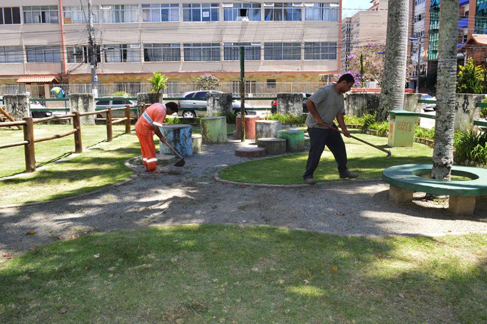 Operação tapa-buraco volta a ser realizada nas principais ruas da cidade