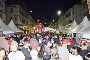 'Serveja': shows, cervejas artesanais e food truck levam mais de 60 mil pessoas ao Parque Regadas