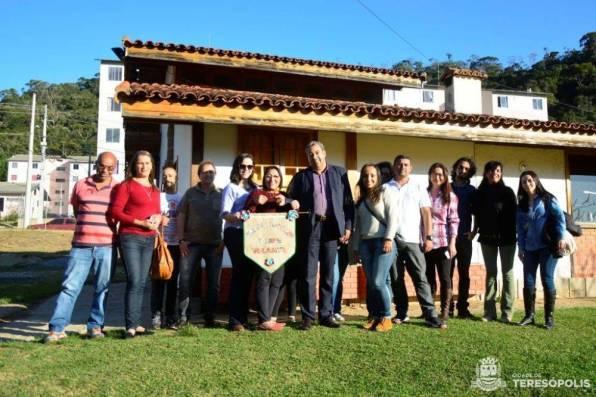 Marcos Jaron, sec. Desenvolvimento Social, e equipes do CRAS Fischer e do Barroso no Parque Ermitage