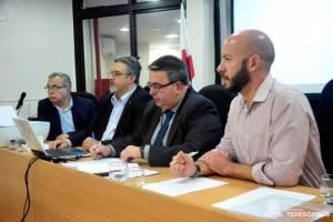 PREFEITO APRESENTA SITUAÇÃO ORÇAMENTÁRIA E FINANCEIRA DO MUNICÍPIO PARA MEMBROS DA OAB