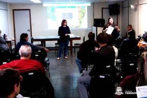 Roberta Castro e Vanda Figueiredo na reunião de mobilização intersetorial sobre o programa Busca Ativa Escolar
