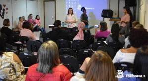 OUTUBRO ROSA: WORKSHOP REÚNE SERVIDORAS DA SECRETARIA DE EDUCAÇÃO