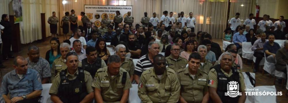 GUARDAS MUNICIPAIS APERFEIÇOAM CAPACIDADE DE ATENDIMENTO AO CIDADÃO