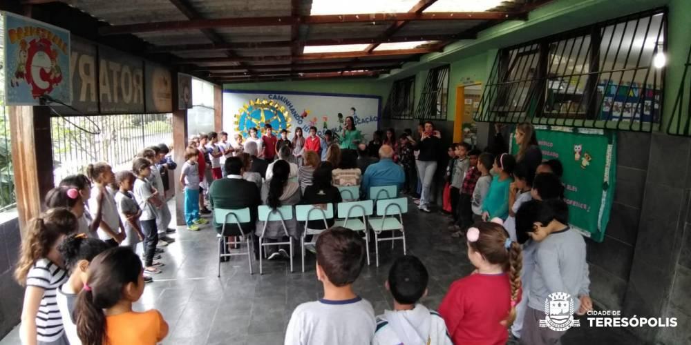 APOIO DA COMUNIDADE: ESCOLA MUNICIPAL ROTARY RECEBE AMPLIAÇÃO
