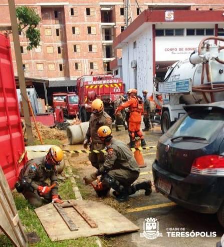 Instrução de resgate de vítima no 16º GBM