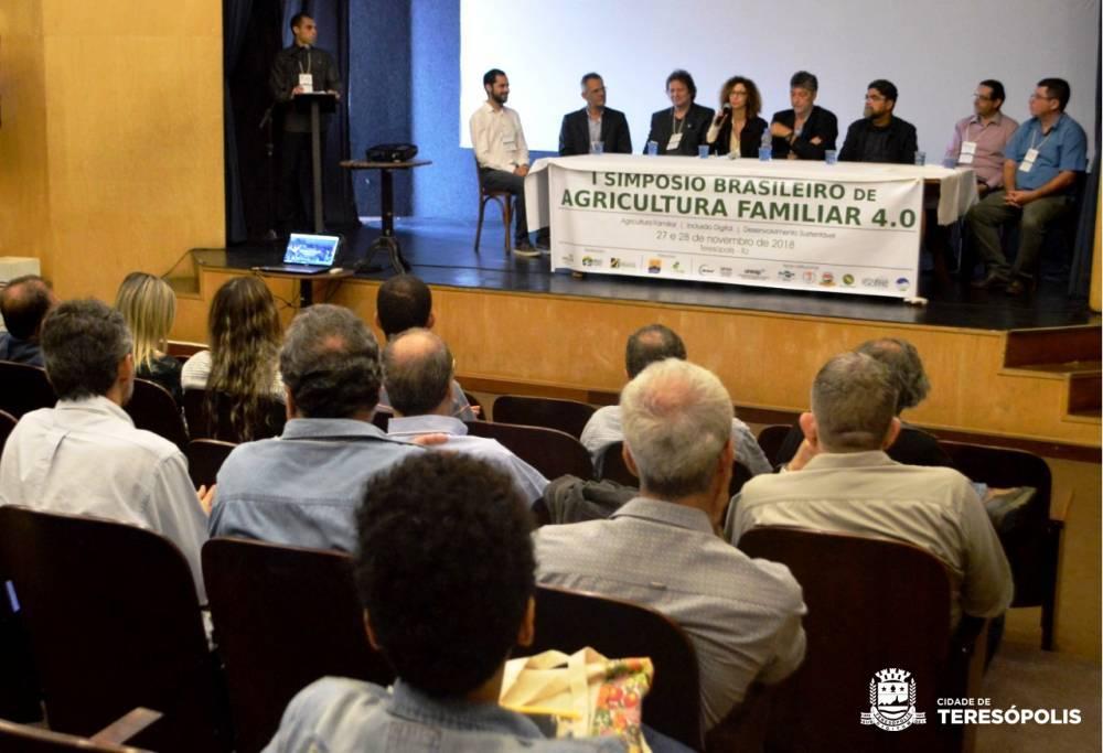 SIMPÓSIO BRASILEIRO DE AGRICULTURA FAMILIAR REÚNE PESQUISADORES, CONSULTORES E TÉCNICOS EM TERESÓPOLIS