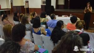 '16 DIAS DE ATIVISMO' – SECRETARIA DA MULHER PROMOVE PALESTRA MOTIVACIONAL PARA MULHERES