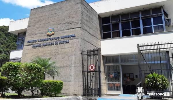 O Sine Teresópolis está instalado no Centro Administrativo Municipal - antigo Fórum da Várzea