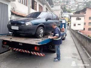 Morador pode solicitar reboque da Guarda Municipal para retirar veículo estacionado irregularmente