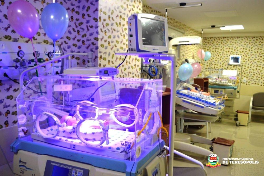 Prefeito e Vice-prefeito de Teresópolis participam da inauguração da nova maternidade do Hospital das Clínicas