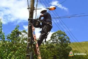 Operação Prefeitura Presente': equipes de iluminação pública iniciam manutenção em Pessegueiros