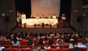 Prefeitura participa do '1º Encontro da Rede de Atenção à Mulher de Teresópolis'