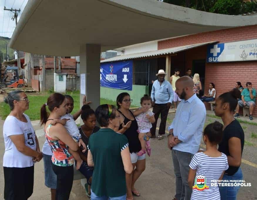 Operação Prefeitura Presente' atende moradores no 2º Distrito