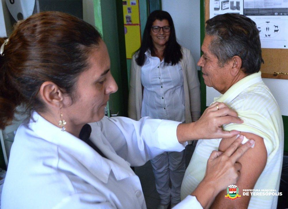 Operação 'Prefeitura Presente': Ação social e de saúde movimentou Água Quente e Região